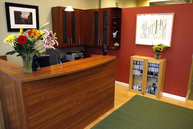 N8 Front Desk
