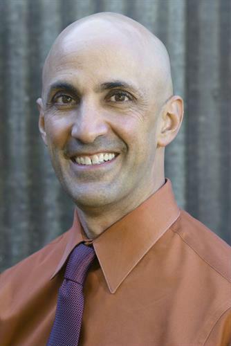 Dr. Stefan Cohen